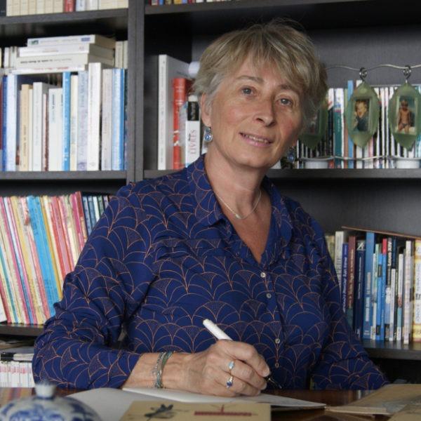 Agnes Giraud-Passot - auteur biographe
